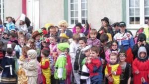 les-super-heros-et-autres-princesses-chevaliers-cow-boy_1861276_660x372